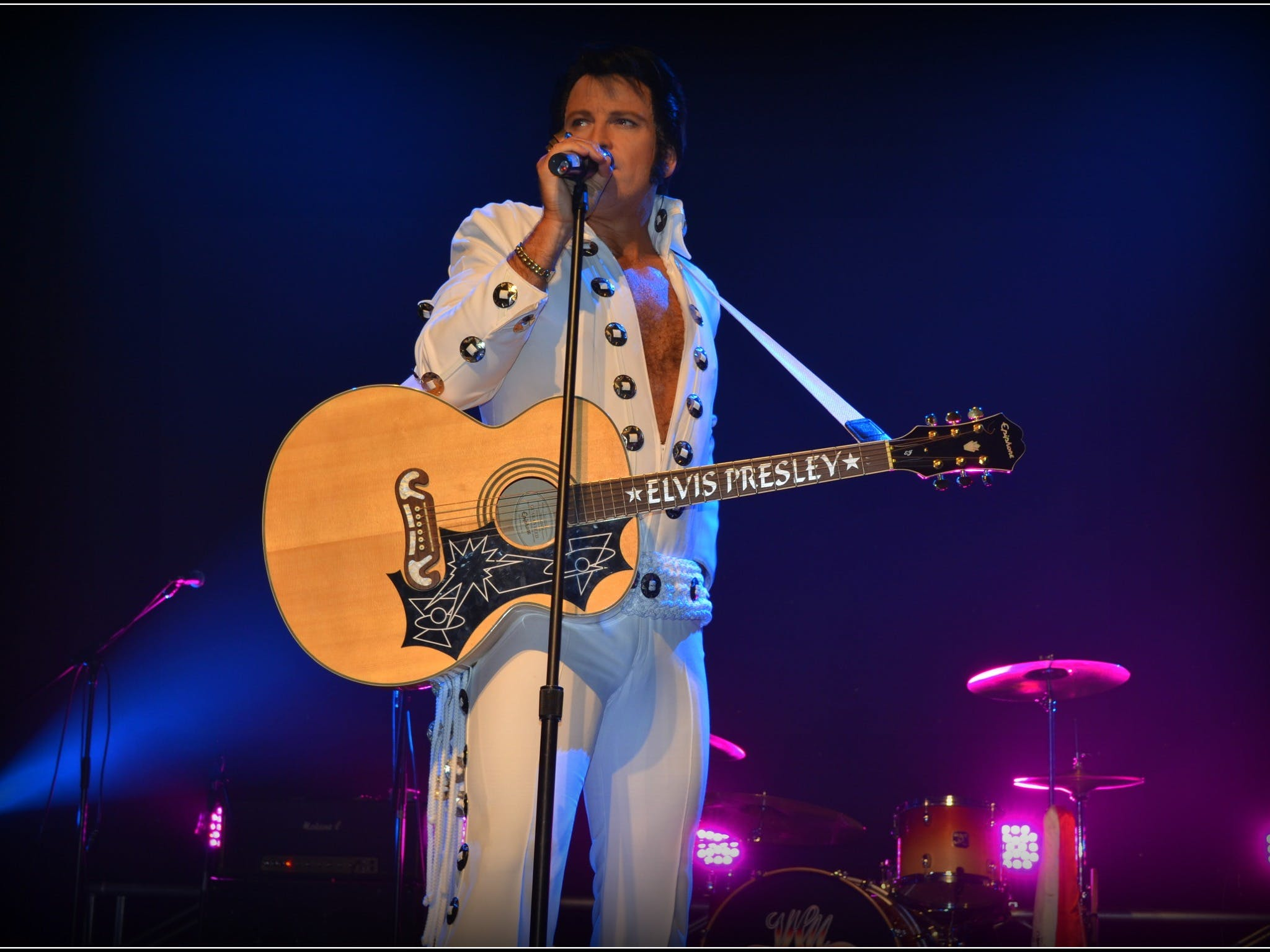 Elvis Forever - Damian Mullin 'Up Close and Personal' - Accommodation Port Macquarie