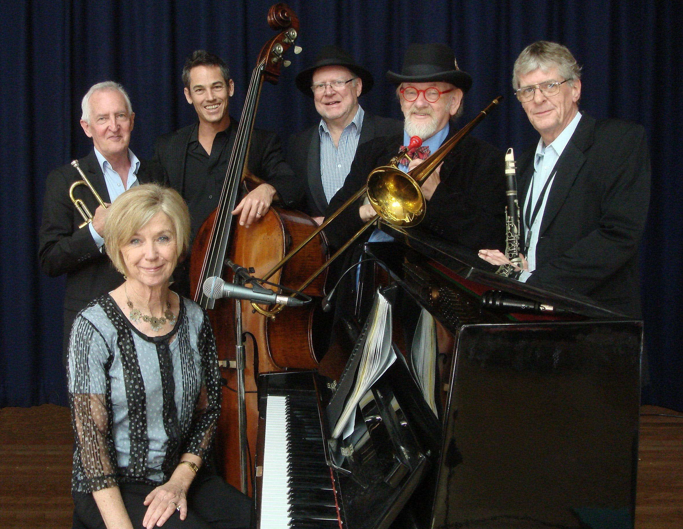 The Caxton Street Jazz Band in the Swigmore Hall at Robert Channon Wines - Accommodation Port Macquarie