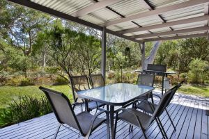 Wildwood - Pet Friendly - 5 Mins to Beach - Accommodation Port Macquarie