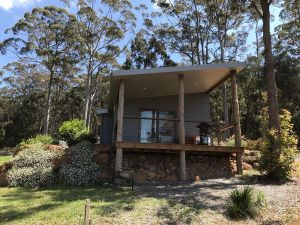 The Floating Forest Retreat - Accommodation Port Macquarie