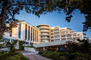Mantra Charles Hotel - Accommodation Port Macquarie