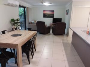 Waratah and Wattle Apartments - Accommodation Port Macquarie
