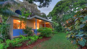 The Broken Banyan - Accommodation Port Macquarie