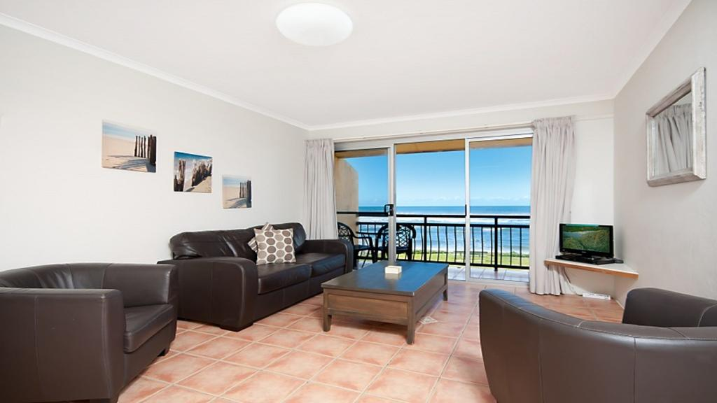 10T Beachfront Apartments - Accommodation Port Macquarie