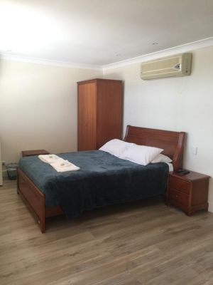 Aussie Hotel  Motel - Accommodation Port Macquarie